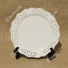 Печать на круглой тарелке с ажурным краем